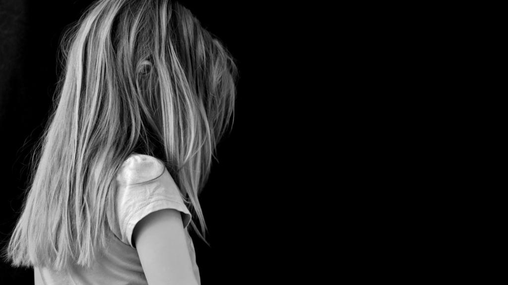 hors du moule, autisme et maltraitance